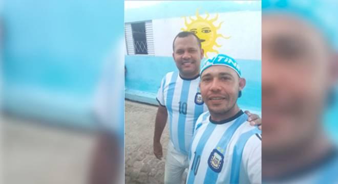 argentina piaui 13062018193635248 - DESILUSÃO: Brasileiros pintam rua com cores azul e branca e torcerão pela Argentina