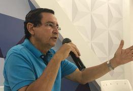 VEJA VÍDEO: 'Na política tem de ser regido por ideias e não escolher como quem compra fruta na feira', afirma Anísio Maia