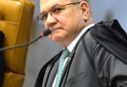 Fachin nega pedido do PSOL para impor restrições ao WhatsApp