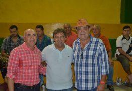 Deputado Genival Matias recebe apoio de grande liderança do bairro do Roger e região