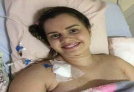 Jovem atropelada por retroescavadeira em Campina tem alta e agradece apoio