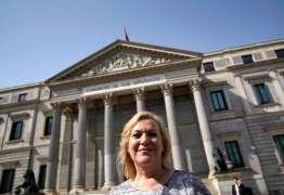 Médico espanhol é julgado por escândalo de roubo de bebês