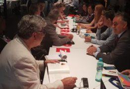 Em encontro das Nações Unidas, Luciano Cartaxo assina carta-compromisso para construção de cidades inclusivas e sustentáveis