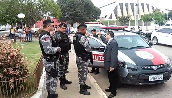 promotor - CNMP pune promotor por voz de prisão à agentes penitenciários