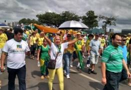 """""""A camisa da seleção está pagando o pato por ter sido uniforme do golpe"""", diz Anísio Maia"""