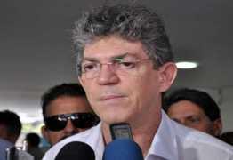 OUÇA: Ricardo Coutinho destaca bons índices alcançados por JP e CG no ranking de saneamento