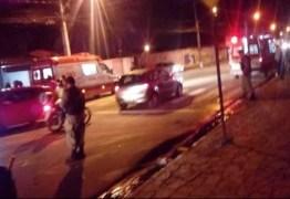 NO GEISEL: Casal realiza atentando contra travesti e pedestre acaba atingido na cabeça