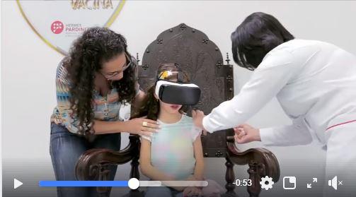 Realidade virtual ajuda crianças a superarem o medo de tomar vacina