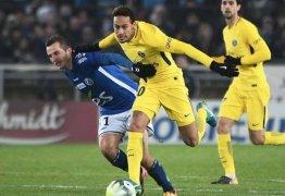 Meia francês critica Neymar: 'Não suporto este tipo de jogador'