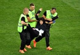 VEJA VÍDEO: Grupo feminista Pussy Riot assume autoria de invasão na final da Copa