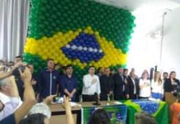 PRTB, PSL e DC fazem convenção, firmam coligações e apoio a Lucélio