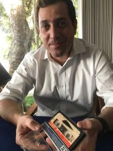 70c1e649 df01 4e6e 9590 b9b9f1f8c2bd 225x300 - RESGATE HISTÓRICO: Em 1985, ex-governador João Agripino denunciava deputados 'comprados' pela CIA e os bastidores da ditadura militar - OUÇA