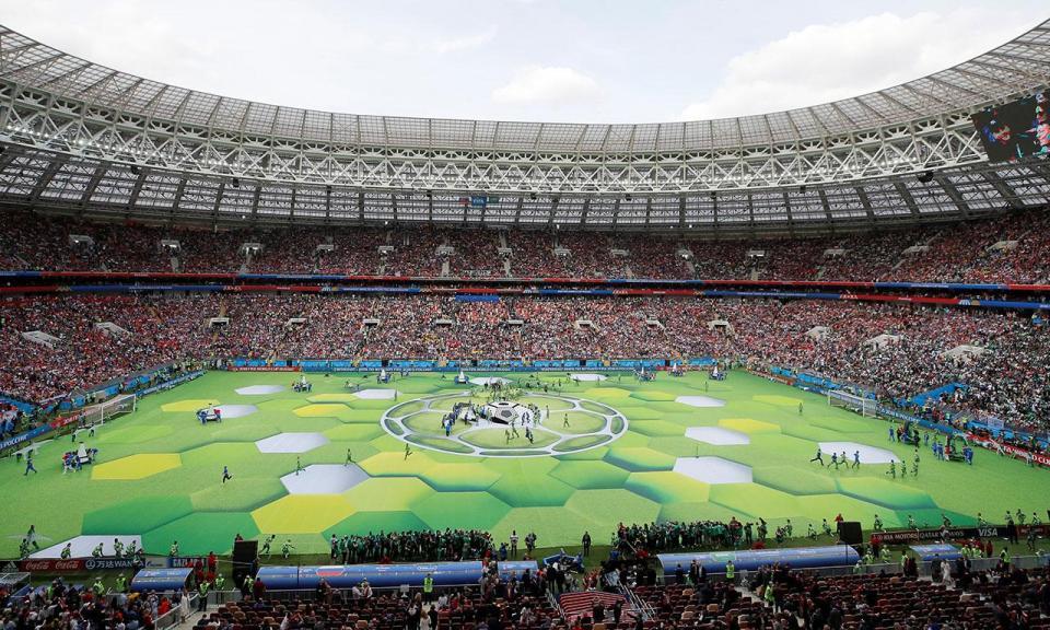 960 - Fifa se diz 'extremamente satisfeita' com arbitragem da Copa e implantação do VAR
