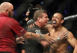 José Aldo nocauteia Stephens no 1º round e chora por voltar a vencer no UFC -VEJA LUTA COMPLETA AQUI