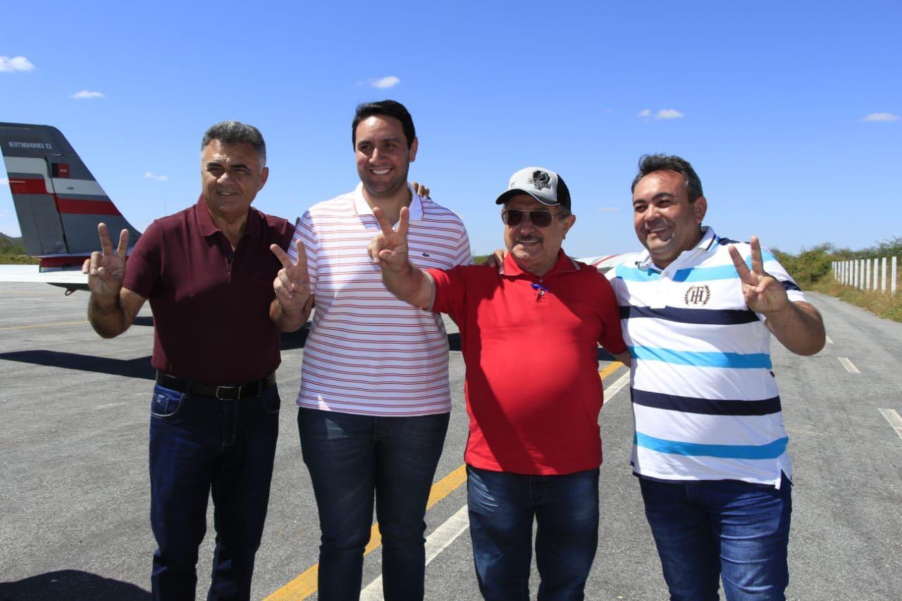 WhatsApp Image 2018 07 15 at 6.14.44 PM - RITMO DE PRÉ-CAMPANHA: Zé Maranhão vai à Catolé e conta com apoio de ex-prefeito