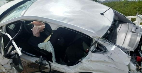 acidente 1 - Comerciante morre ao perder controle e carro capotar no Sertão
