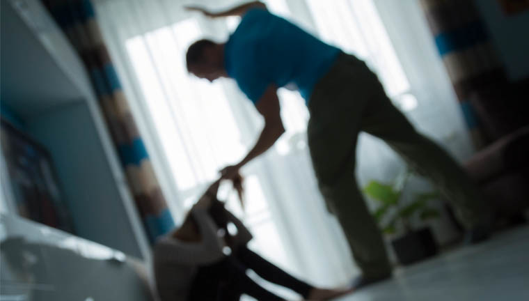 agressao mulher - Homem é detido e espancado por moradores ao tentar agredir ex-companheira na Paraíba