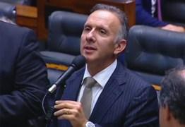 Após articulação, Aguinaldo Ribeiro comemora aprovação de emenda que institui a tarifa social a famílias de baixa renda