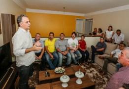 'Nosso governo será sinônimo de boas parcerias', diz Lucélio em encontro com prefeitos do Sertão