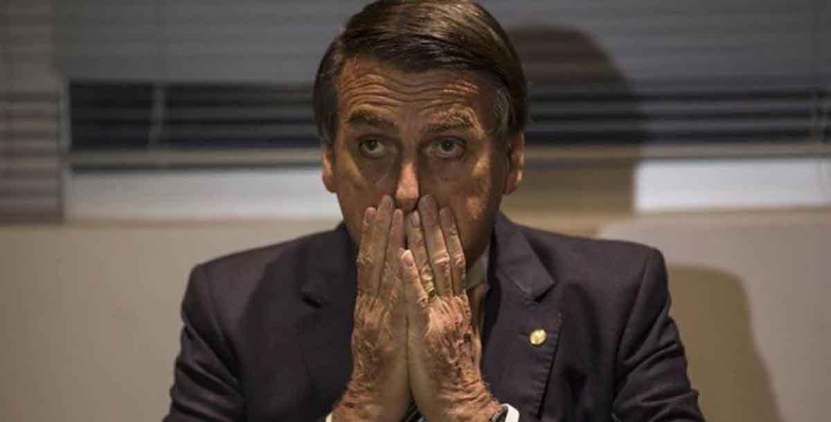bolsonaro perde - Tibério Limeira apresenta recurso e suspende votação de homenagem a Bolsonaro