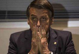 Tibério Limeira apresenta recurso e suspende votação de homenagem a Bolsonaro