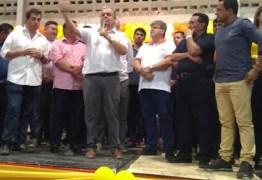 Bosco Carneiro reúne lideranças para lançar pré-candidatura a reeleição em Alagoa Grande