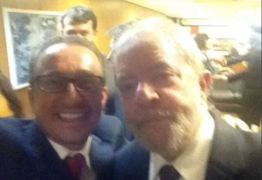 Desembargador Favreto era assessor do governo Lula e já tirou selfie com ex-presidente