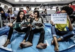 Estudantes fazem ensaio fotográfico para pedir melhorias em escola de João Pessoa – Veja Fotos