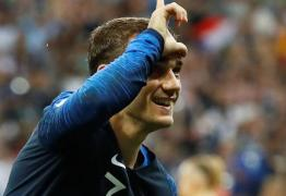 É BI: Seleção francesa bate Croácia e garante título da Copa de 2018