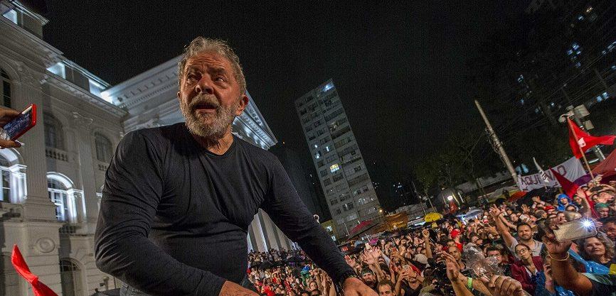 lula no povo e1534822063607 - PESQUISA IBOPE PARA PRESIDENTE: Lula tem 57%; Bolsonaro 13%, Ciro 5% e Marina 5%