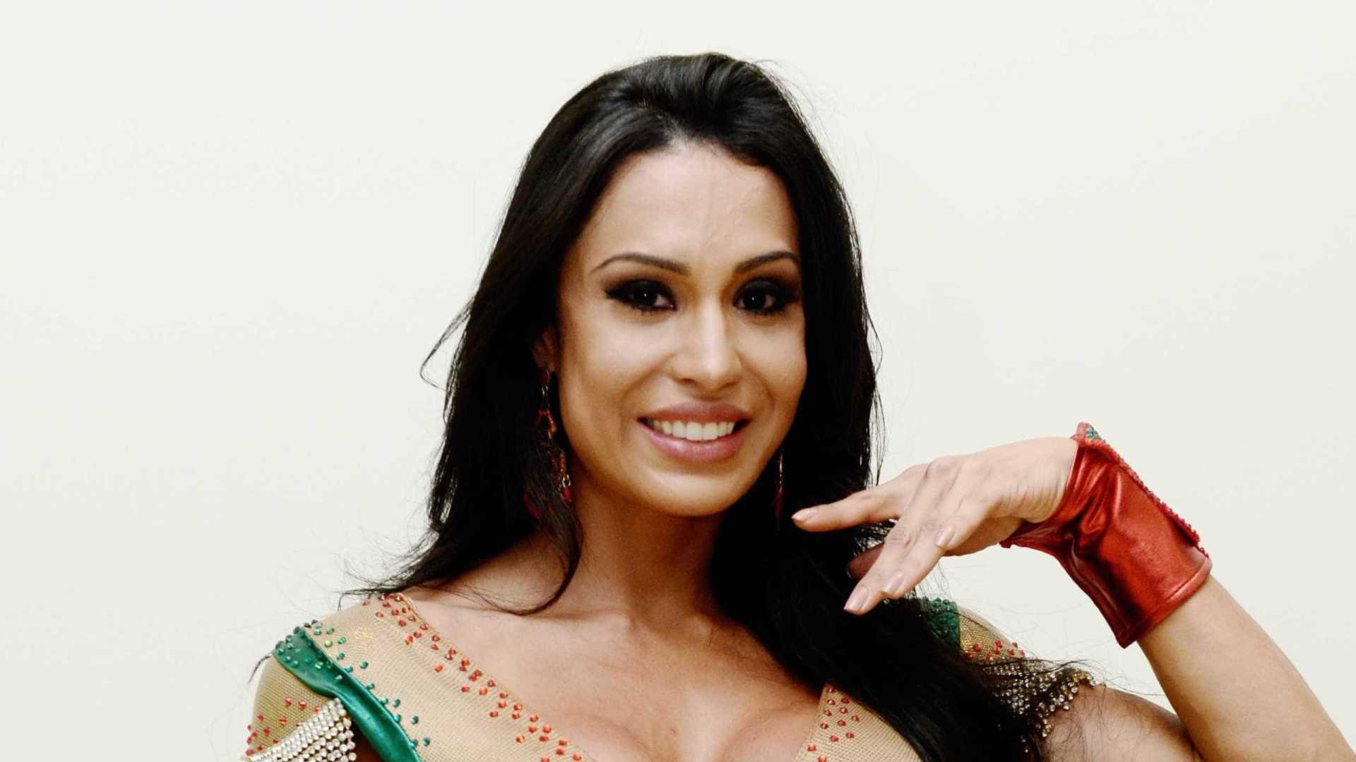 naom 5937d589bc6de - VEJA VÍDEO: Gracyanne Barbosa revela peso e diz que já teve orgasmo na academia