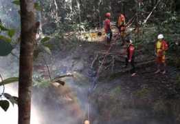 Mulher caiu ao tentar fazer selfie em cachoeira, e seu corpo foi encontrado após 14 dias de busca