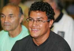 'Passei até a ir pra boate gay', diz Popó sobre acompanhar o filho