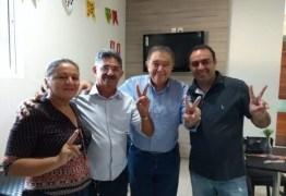 Renato Gadelha recebe apoio de ex-prefeito no Sertão
