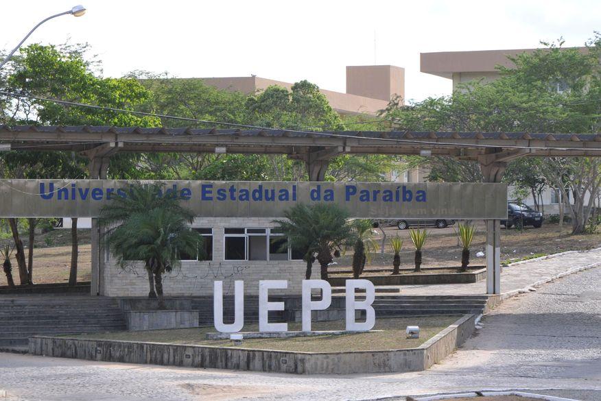 UEPB proíbe com venda de bebidas alcoólicas e música alta em festas