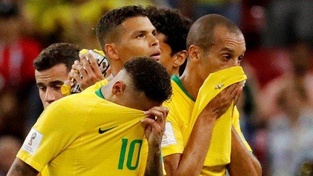 xsoccer worldcup bra bel .jpg.pagespeed.ic .KLzKgTImnj - 'Perdeu para ele mesmo', cronista esportivo analisa eliminação do Brasil na Copa