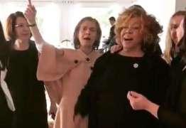 VEJA VÍDEO: Cármen Lúcia e Raquel Dodge caem no samba ao lado de Alcione