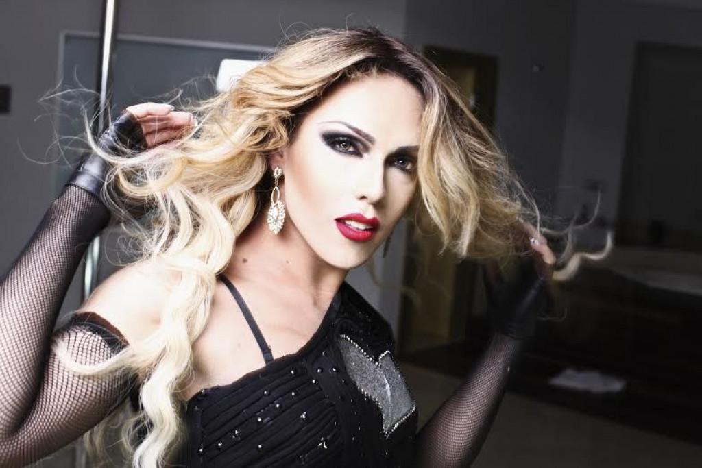0531a95997cf724aa57fbd2c6f82f25a - Drag cuiabana lança clipe de paródia contra Bolsonaro e bomba na internet
