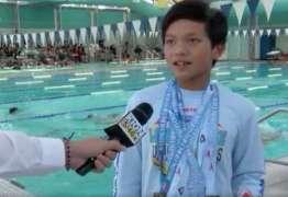 Menino de 10 anos, quebra recorde do nadador Michael Phelps: VEJA VÍDEO