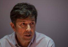 João Amoêdo diz que foi 'desconvidado' de evento por pressão de adversários