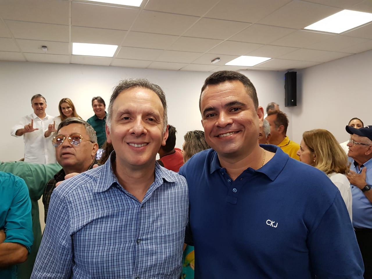 WhatsApp Image 2018 08 07 at 17.01.26 - Aguinaldo Ribeiro recebe importante apoio do prefeito de Cruz do Espírito Santo
