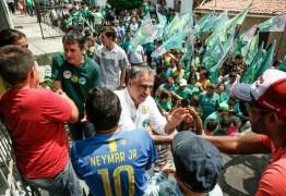 Nas ruas de Campina Grande, Lucélio defende Estado próximo dos municípios