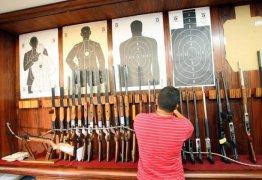 EFEITO BOLSONARO? Procura por armas dispara no Brasil e aumenta número de baleados