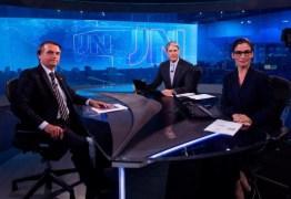 'QUAL O LIMITE DA GLOBO?': Bolsonaro acusa emissora de 'manipulação' e 'teatro' no Jornal Nacional; VEJA VÍDEO