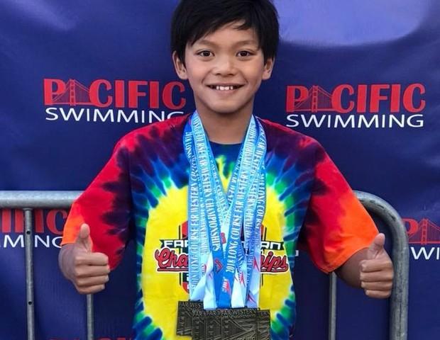 clarkkent - Menino de 10 anos, quebra recorde do nadador Michael Phelps: VEJA VÍDEO