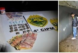 Traficante não reconhece viatura e oferece drogas à Polícia Militar