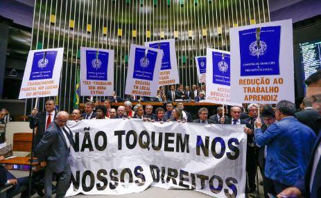 APÓS REFORMA TRABALHISTA: Uma de cada quatro ocupações já utiliza o contrato intermitente