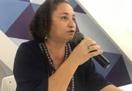 Rama Dantas participa de reunião de mulheres do PSTU