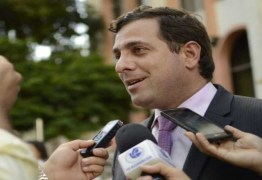 """""""Andamos de cabeça erguida nos municípios. Eles andam com medo"""", diz Gervásio ao rechaçar bloco de oposição na Paraíba"""