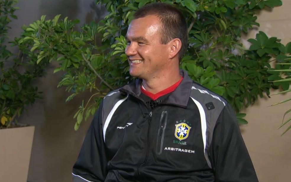 vuaden - Leandro Vuaden vê como positivo uso do árbitro de vídeo no futebol nacional